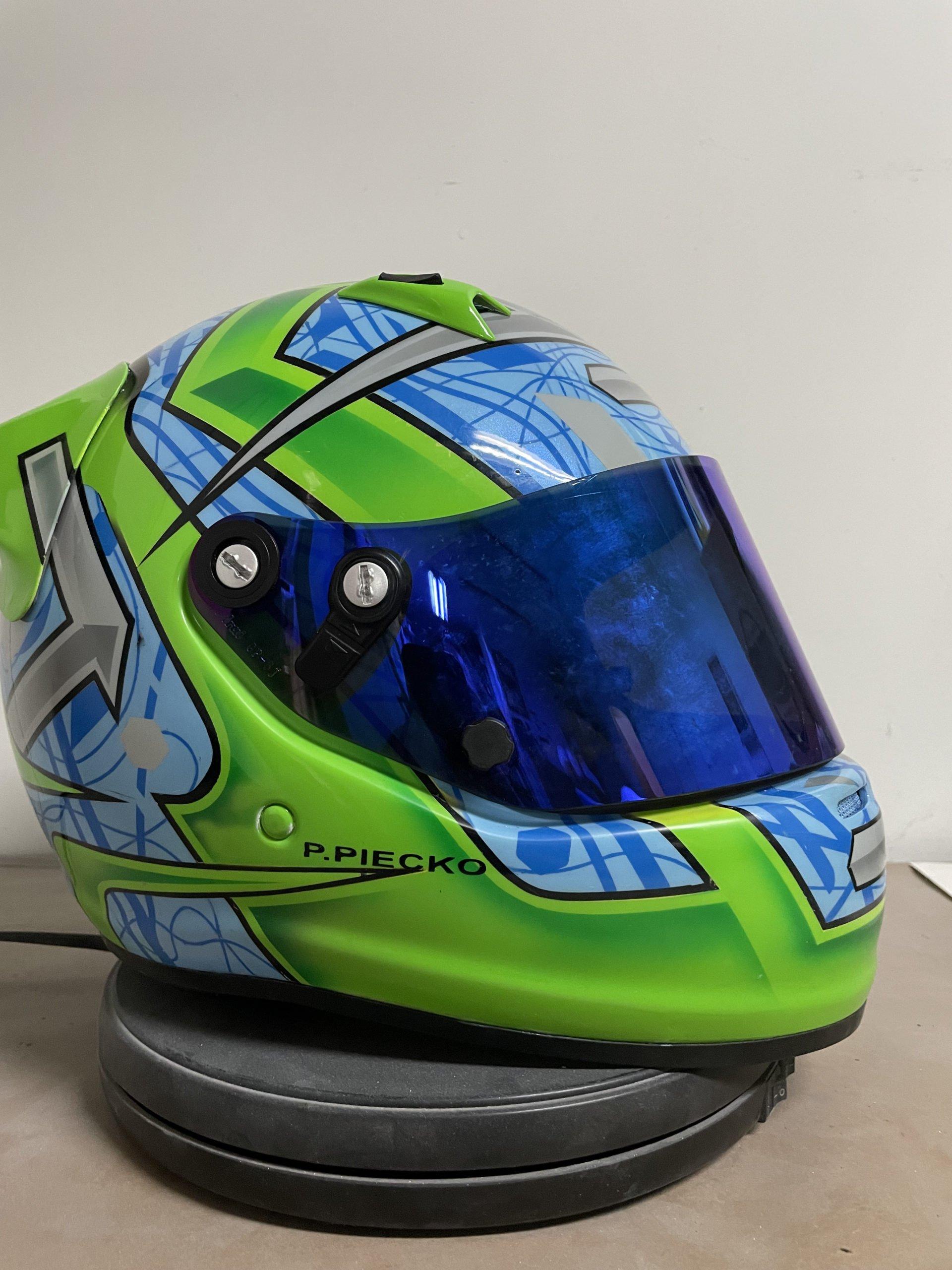 race helmet design