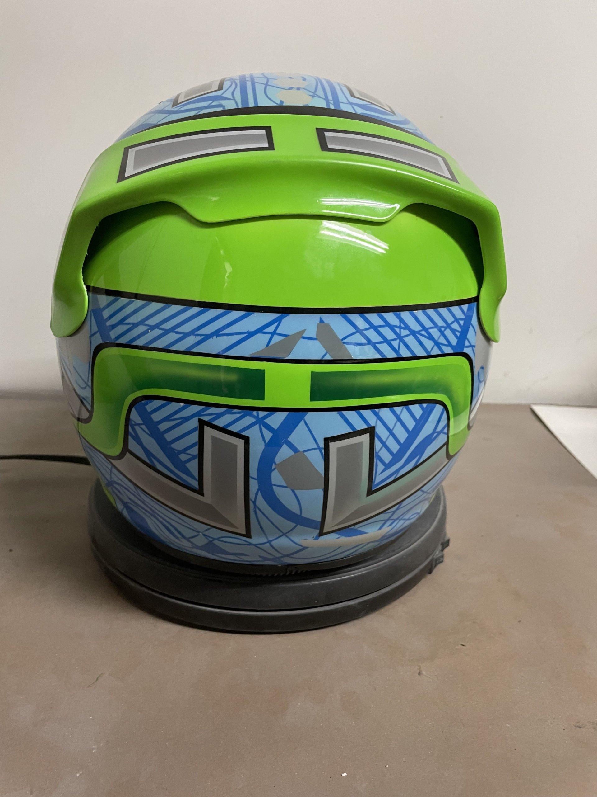 race helmet design sept2